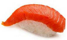 Суши с копченым лососем (1шт.)